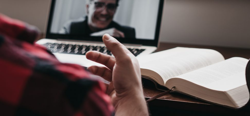 Estudiar con compañeros online